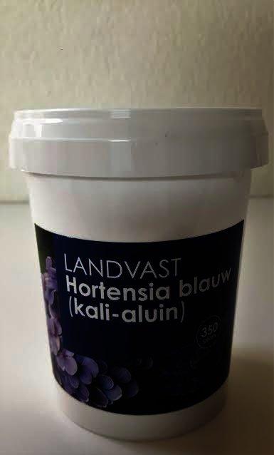 landvast kali-aluin om je hydrangea of hortensia te blauwen of blauw te houden