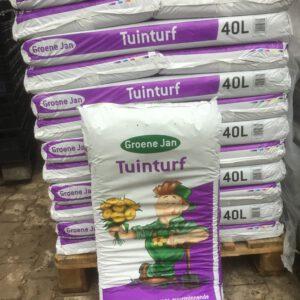 Groenejan tuinturf, idiaal voor zuurminnende planten, zeer geschikt voor ilex